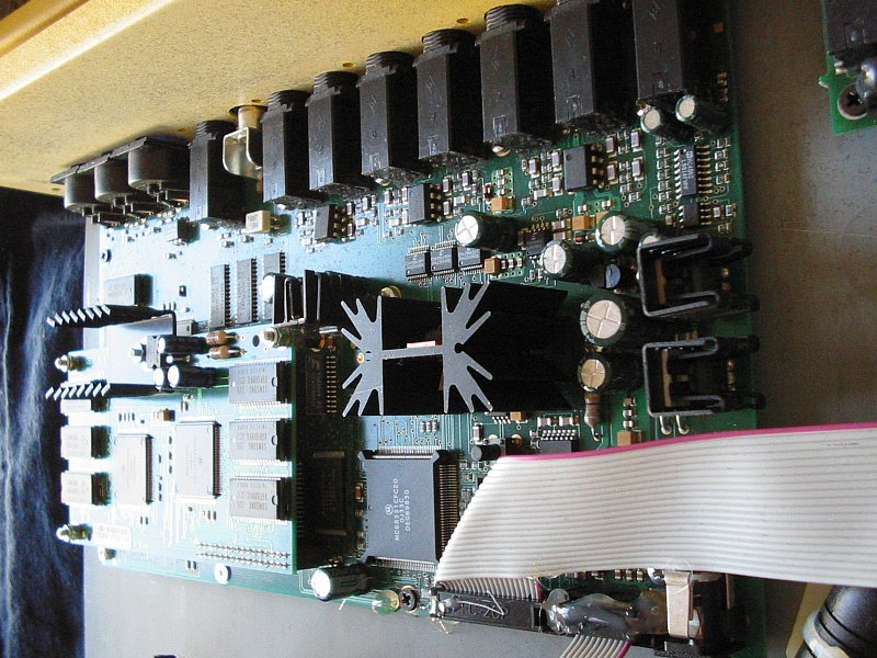 Q mainboard sideview